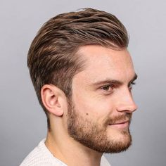 The low fade haircut features a clean, simple look. The fade begins at the hairline but stops below the temple. Mens Haircuts Receding Hairline, Receding Hairline Styles, Hairstyles For Teenage Guys, Boy Hairstyles, Trendy Hairstyles, Mens Hairstyles 2018, Mens Hairstyles With Beard, Beautiful Hairstyles, Medium Hairstyles