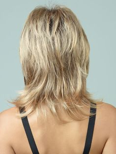 Stunning Shoulder Length Hairstyles for Round Faces-2