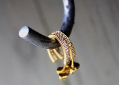 Styling by lullumut showing Infinity Hoop Zirconia Ear Studs Medium Polished Gold #jewellery #Jewelry #bangles #amulet #dogtag #medallion #choker #charms #Pendant #Earring #EarringBackPeace #EarJacket #EarSticks #Necklace #Earcuff #Bracelet #Minimal jewellery/minimalistic #ContemporaryJewellery #zirkonia #Gemstone #JewelleryStone #JewelleryDesign #CreativeJewellery #OxidizedJewellery #gold #silver #rosegold #hoops #armcuff #jewls #jewelleryInspiration #JewelleryInspo #accesories…