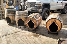 Barrel Dog House, Wine Barrel Dog Bed, Whiskey Barrel Bar, Whiskey Barrel Furniture, Barrel Coffee Table, Pallet Building, Barrel Projects, Backyard Patio Designs, Pallet Crafts