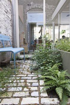 Dit Is Mijn Patio Van Magic Garden, Garden Paths, Covent Garden, Atrium, Small Gardens, Kew Gardens, Dubai Miracle Garden, Brick Patterns Patio, Garden Stepping Stones