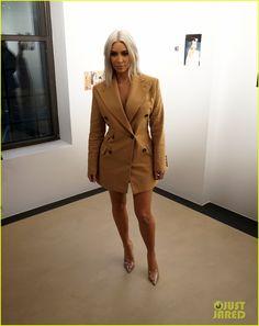 Full Sized Photo of kim kardashian wears a blazer dress vivienne westwood 01 Kim Kardashian Blazer, Kardashian Style, Kardashian Jenner, Kylie Jenner, Blazer Outfits, Blazer Dress, Tan Blazer, Business Attire, Vivienne Westwood