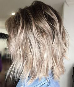 Ash Blonde Balayage Bob With Root Fade frisuren frauen frisuren männer hair hair women Ashy Blonde Balayage, Hair Color Balayage, Blonde Highlights, Color Highlights, Blonde Ombre Bob, Caramel Balayage, Short Hair With Balayage, Haircolor, Summer Highlights