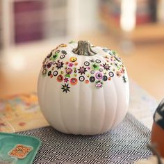 Sequin Covered Craft Pumpkins Halloween Crafts For Kids, Holidays Halloween, Halloween Pumpkins, Halloween Diy, Haloween Craft, Halloween Activities, Halloween Projects, Thanksgiving Crafts, Fall Crafts