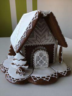 Gingerbread Houses, Desserts, 3d, Tailgate Desserts, Deserts, Postres, Dessert, Plated Desserts