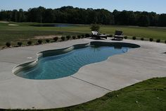 If I had acreage in my future house, I'd love a pool like this.