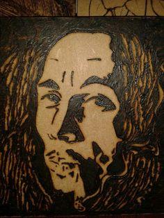 Bob Marley pirografado em caixinha de MDF de 15x15