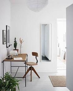 Minimalist home office ideas work spaces desk organization . living room minimalist home office ideas with Home Office Inspiration, Workspace Inspiration, Decoration Inspiration, Interior Design Inspiration, Office Ideas, Design Ideas, Decor Ideas, Travel Inspiration, Decorating Ideas