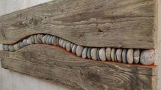driftwood driftwood picture with river stones www fe ma desi .- treibholz schwemmholz bild mit fluss steinen www fe ma desi – Wood Design driftwood driftwood picture with river stones www fe ma desi - Driftwood Wall Art, Driftwood Projects, Driftwood Ideas, Driftwood Beach, Art Pierre, Deco Nature, River Stones, Reclaimed Wood Shelves, Beach Crafts