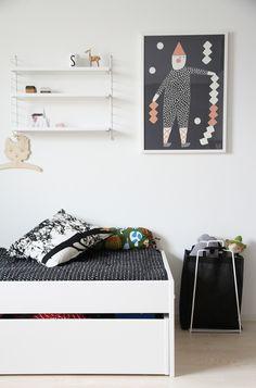 hunajaista siirin huone sisustusblogi avaroom String Shelf, Kids Room, Nursery, Shelves, Interior, Diy, Home Decor, Room Kids, Shelving