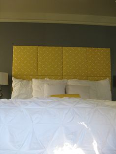 Different fabric though Diy Headboards, Headboard Ideas, Home Bedroom, Bedroom Ideas, Bedrooms, Fabric Covered, Furniture Projects, Cribs, New Homes