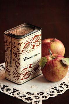 Apples & Cinnamon = Autumn Baking