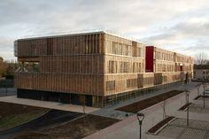 A Compiègne, l'université de technologie a mis les bois résille par Ameller, Dubois et associés - Cyberarchi