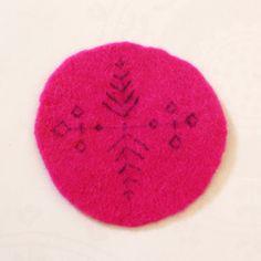 Wet & Needle Felting Tutorial: Embroidered Coaster 13