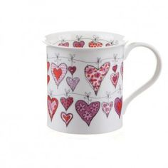 Dunoon - Fine Bone China Mugs - Bute Shape : Heartstrings Pink Sharpie Crafts, Sharpie Art, Pottery Painting, Ceramic Painting, Pottery Designs, Mug Designs, Painted Plates, Hand Painted, Pebeo Porcelaine 150