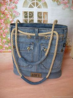 Handmade women s bags order jeans Order jeans … - Diy And Craft Love this denim tote! Cool country more Leather details? Arts and crafts fair. Interior, style, cord, metal accessories DIY Bag and Purse Chic bag made of old jeans diy – Artofit A beade Handmade Handbags, Handmade Bags, Denim Purse, Denim Crafts, Recycled Denim, Fabric Bags, Purses And Bags, Women Bags, Casual Chic
