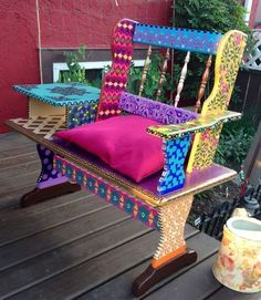 funky hand painted bench, outdoor furniture, repurposing upcycling #funkyfurniture #outdoorfurniture