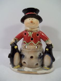 YANKEE CANDLE Country SNOWMAN w/PENGUINS Tea Light Candle Holder Porcelain NEW! #YankeeCandle