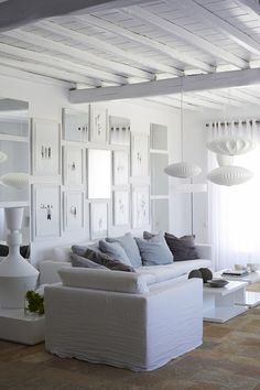 Living room of newly renovated summer house on Mykonos, Greece. wood and white Living Room White, My Living Room, Home And Living, Living Area, Living Room Decor, Deco Marine, Interior And Exterior, Interior Design, White Sofas