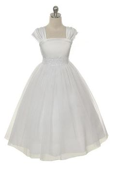 Satin Holy Communion Girls Dress w. Fan Pleated Sleeves & Lacework White or Ivory