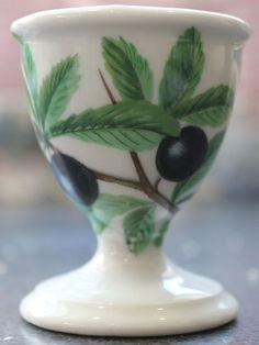 Porcelaine de Paris Décor Fruits Sauvages, Hand Painted Paris Porcelain Egg Cup