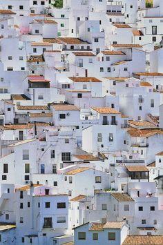 Pueblo blanco. Casares, Málaga, Andalucía - Spain