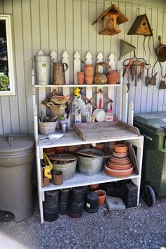 Potting bench @ The Outlaw Gardener