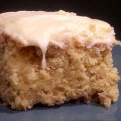 Banana Cake With Cream Cheese Frosting  | Cocinando con Alena