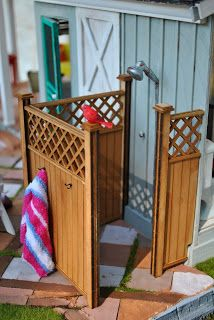 Great Outdoor Shower - Can't Have it Big? Make it Mini blog -  many great ideas in this post - tons on the blog