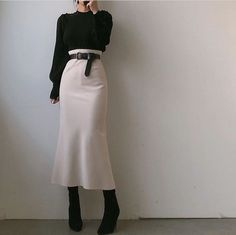 Korean Fashion Tips .Korean Fashion Tips Muslim Fashion, Modest Fashion, Hijab Fashion, Korean Fashion, Fashion Outfits, Fashion Tips, Indian Fashion, Long Skirt Fashion, Mode Ootd