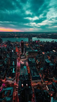 paisaje urbano city sea sky<br> wallpapers for iPhone, iPad, and Parallax Clouds Wallpaper Iphone, View Wallpaper, Sunset Wallpaper, New York Wallpaper, Crazy Wallpaper, Lock Screen Wallpaper Iphone, Apple Wallpaper Iphone, Fall Wallpaper, Cute Backgrounds