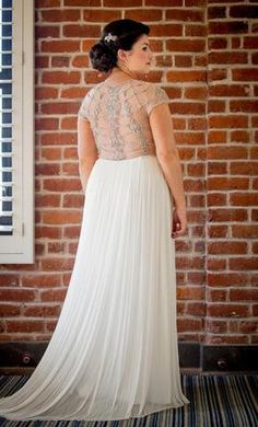BHLDN Tallulah: buy this dress for a fraction of the salon price on PreOwnedWeddingDresses.com