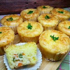 Easy Cake Recipes, Donut Recipes, Snack Recipes, Dessert Recipes, Cooking Recipes, Tart, Resep Cake, Pastry And Bakery, Asian Desserts