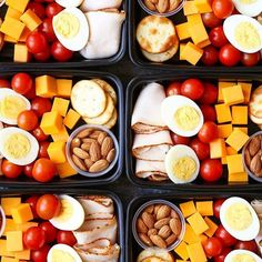 Meal prepping isn't just for meals and desserts. Snacks should also be included! Thanks for the snack ideas @damn_delicious!  -  -  -  Sunday meal prep with deli snack boxes!
