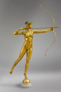 Metallic Sculpture : Augustus Saint-Gaudens Diana original this cast 1928 bronze and gilt Art Deco, Bronze Sculpture, Sculpture Art, Potnia Theron, Diana Statue, Augustus Saint Gaudens, Modelos 3d, Wow Art, Flower Quotes