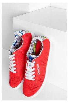 Desigual Women's red sneakers. Discover the spring-summer 2016 collection!