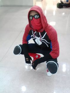 Another shot of my Spider-man redesign created by Rosy Higgins at SpringfestNY Picture courtesy of [link] Spidey at SpringfestNY Male Cosplay, Cosplay Diy, Cosplay Outfits, Spiderman Homecoming Costume, Spiderman Costume, Spiderman Web, Spiderman Suits, Spaider Man, Marvel Studios Movies