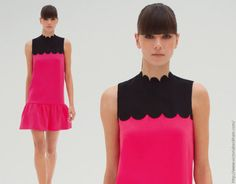 Pink and Black Clothes Pink And Blue Dress, Blue Dresses, Victoria Beckham Stil, Scalloped Dress, Drop Waist, British Style, Hot Pink, Athletic Tank Tops, Personal Style