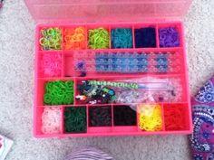 Rainbow loom case! Rainbow Loom Case, Rainbow Loom Organizer, Diy, Organization, Do It Yourself, Bricolage, Handyman Projects, Diys, Crafting