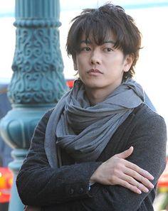 Takeru Sato, The Rock Dwayne Johnson, Rurouni Kenshin, Nihon, Miyazaki, Kimono Fashion, Pretty Boys, Dancers, Samurai