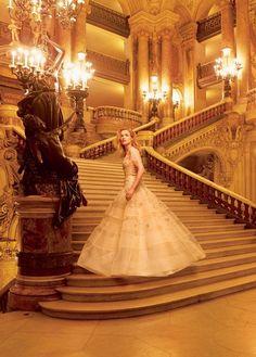 Natalia Vodianova photographed by Annie Leibovitz, Vogue, November 2014.