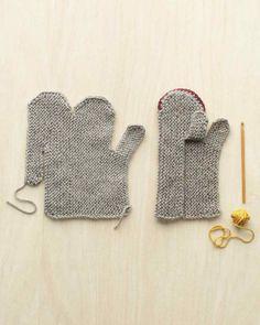 handmade-gifts-mittens-064-mld110650.jpg