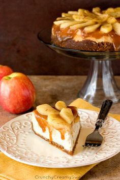 Caramel Apple Cheesecake - decadent and indulgent cheesecake with caramel apple topping. Rich and creamy and absolutely amazing!