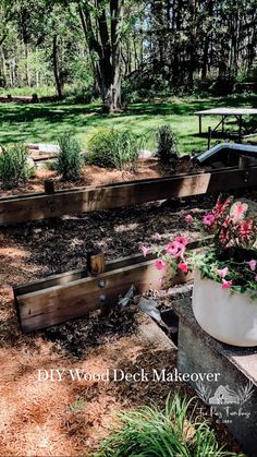 Small Backyard Landscaping, Backyard Retreat, Fire Pit Backyard, Backyard Ideas, Porches, Deck Makeover, Garden Paths, Garden Inspiration, Outdoor Gardens