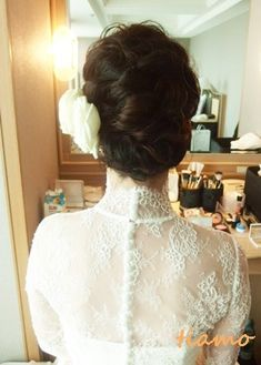ルーズアップからボブ風ダウンに変身のお洒落花嫁さま☆ |大人可愛いブライダルヘアメイク『tiamo』の結婚カタログ