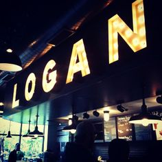 logan_square_starbucks