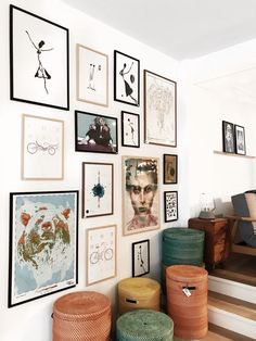 Home Interior Hallway Gallery wall. Inspiration Wand, Living Room Decor, Bedroom Decor, Rustic Home Interiors, Style Deco, Ideas Hogar, Home And Deco, Wall Design, Home Remodeling