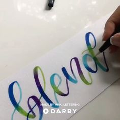Learn how to blend with Tombow Brush Pens #darbysmart #diy #diyprojects #diyideas #diycrafts #easydiy #artsandcrafts ..