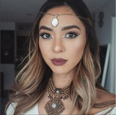 DESERT MUSE 🌵 Here's some #coachella make-up inspo from @kimberley.anh! We're loving this Arabian festival inspired look, paired with our #Ardell 'Demi Wispies!' #eyeheartwispies #demiwispies