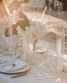 Dream wedding styling inspiration via The Lane Photographed by Aloha Estudio Vintage Inspired Wedding Dresses, Floral Wedding, Wedding Flowers, Boho Wedding, Minimalist Wedding Decor, Minimal Wedding, Wedding Centerpieces, Wedding Bouquets, Wedding Decorations